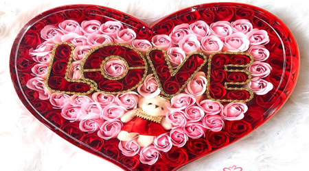 hộp trái tim hoa hồng sáp